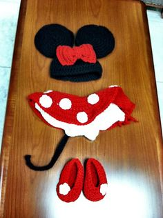 Ravelry: laurieann's Minnie Mouse Inspired Diaper Cover Crochet Pattern