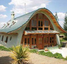 casa feita com superadobe