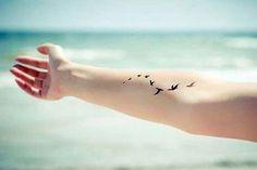 forearm birds tattoo iç kol uçan kuşlar dövmesi