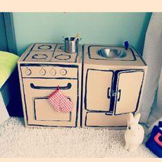 Cardboard box play kitchen #아이랑놀이 #장난감 만들기  #장난감스타그램 blog.naver.com/silverjang21