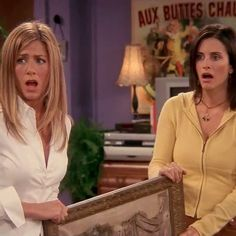Whoever doesn't get Gladys gets Glynnis. #FRIENDS
