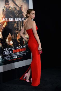 Emily Blunt attends the 'Edge Of Tomorrow' red carpet repeat fan premiere tour at AMC Loews Lincoln Square on May 28, 2014 in New York City.