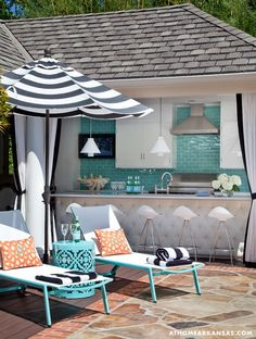 Tobi Fairley - beautiful outdoor space. Look at that backsplash!! Best outdoor kitchen!
