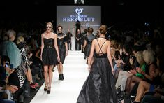 DEROBERHAMMER - Manufaktur Herzblut 3 Logo, Hair Pins, Mercedes Benz, Fashion, Heart, Products, Gifts, Moda, Bobby Pins