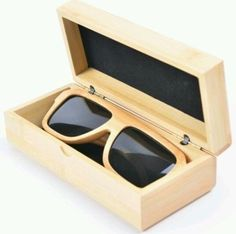 Hand Crafted Polarized Black Lens Wooden Bamboo Sunglass with Bamboo Case