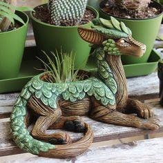 "Clever little dragon planter with juicy scales! ""Planters are in the shop! - Clever little dragon planter with juicy scales! ""Planters are in the shop! Clay Projects, Clay Crafts, Diy Clay, Garden Planters, Garden Art, Garden Design, Backyard Plants, Moon Garden, Succulent Planters"