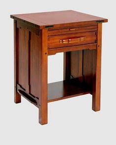 greene and greene night stand Arts And Crafts Furniture, Wooden Furniture, Dining Furniture, Furniture Projects, Furniture Making, Furniture Design, Craftsman Style Furniture, Mission Furniture, Living Room End Tables