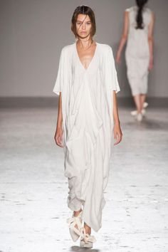 Draping white dress | stylissima.co.il