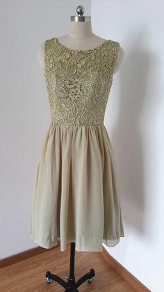 2015 V-back Lace Chiffon Short Bridesmaid Dress von DressCulture