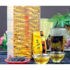 Lapsang Souchong, czyli tradycyjna herbata wędzona drzewem Paulowni.