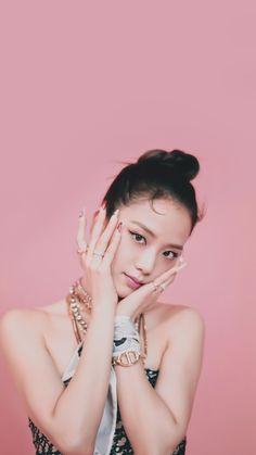 Draw On Photos, Blackpink Photos, Blackpink Jisoo, South Korean Girls, Korean Girl Groups, Yg Entertainment, Black Pink ジス, Blackpink Members, Hip Hop