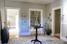 Worldly Gray in entry from The Red-Headed Stepchild Interior Paint Colors For Living Room, Interior Wall Colors, Gray Interior, Paint Colors For Home, House Colors, Room Colors, Colours, Interior Design, Light Gray Paint