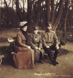Tsarevich Alexei Nikolaevich Romanov with his parents, tsar Nicholas II and tsarina Alexandra Feodorovna.