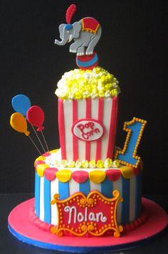 Circus Birthday cake Carnival Cakes, Circus Cakes, Carnival Themed Party, Carnival Birthday Parties, Themed Birthday Cakes, Circus Birthday, First Birthday Parties, Happy Birthday, Birthday Boys