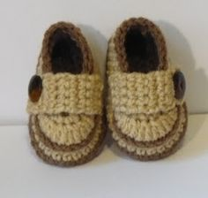 Hello,   I made this shoes for my 7 months old nephew who live 1000+ mile away. I forgot to measure his feet when I visited him last month...