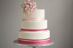 pink-white-wedding-cake.full.jpg (714×470)