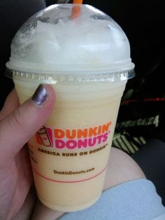 "Dunkin Donuts secret menu: ""Orange Creamcicle Coolatta"" (Hint: just ask for a blend of their Minute Made oragne and vanilla bean coolatta!)"