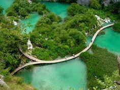 Croatia - Tourist Attractions ~ Tourist Destinations - Plitvice Lakes National Park