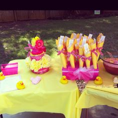 Rubber duck baby shower! Wishes for baby, diaper cake and chocolate popcorn favors
