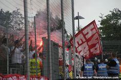 Pyro und Support Düsseldorf Fans in Essen
