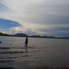 Deja entrar en tu alma una brisa que aviente las dudas y alivie tu mal<3 #laguna #fierro #casasgrandes #nuevocasasgrandes #chihuahua #mexico #turistas #naturaleza #agua #familia #menones 7u7 #quesos # por jazmin_arreolalml en Instagram http://ift.tt/1KUeSnN #navitips