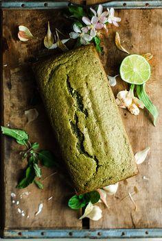 Matcha Green Tea Almond Bread with Lime Glaze – The Sticky Spatula Almond Bread, Almond Cakes, Green Tea Dessert, Matcha Cake, Matcha Smoothie, Green Tea Recipes, Matcha Green Tea, Tea Cakes, Macaron