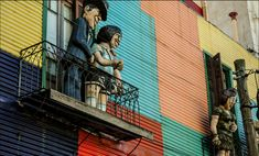 #Caminito, a #alley of great cultural value located in the neighborhood #LaBoca. We owe their colorful houses to their neighbors who in 1950 decided to recover the place! Among them the painter #BenitoQuinquelaMartin. Today, artistic works are exhibited and it is a forced walk of #BuenosAires.  #art #history #Argentina #citywalks #culturaltrip