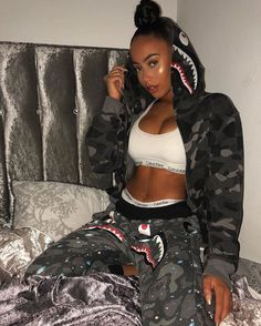 Cute Lazy Outfits, Swag Outfits For Girls, Cute Swag Outfits, Girl Outfits, Fashion Outfits, Fashion Vest, Bape Outfits, Baddie Outfits Casual, Urban Fashion