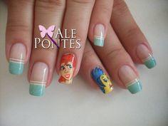 a very cute nails of ariel *-*