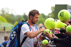 Stan Wawrinka signs for fans on Day Five