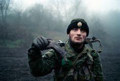 Chechen rebel during the first war in Chechnya (1990's) - Laurent Van Der Stockt : Chechnya