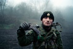 Chechen rebel during the first war in Chechnya (1990's) - Laurent Van Der Stockt : Chechnya