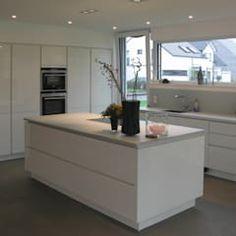 Cozinhas modernas por STRICK Architekten + Ingenieure