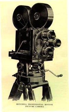 filmcamera Polaroid Camera, Movie Camera, Old Cameras, Vintage Cameras, Movie Projector, Projectors, Movies, Collage, Photography
