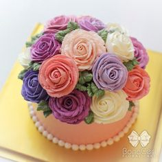 Purple and pink buttercream roses (Cakes)