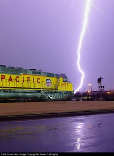 Union Pacific EMD at Little Rock, Arkansas by James R Doughty By Train, Train Car, Train Tracks, Rail Train, Union Pacific Train, Union Pacific Railroad, Train Pictures, Cool Pictures, Arkansas