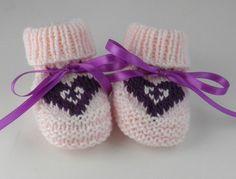 Hand Knit Pink Heart Newborn Baby Booties Hand Knit Baby Gift Set Baby Girls Socks Baby Girls Shoes