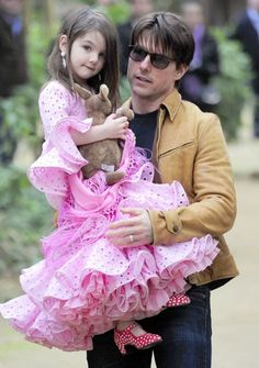 Tom Cruise Approves of Suri's Expensive Wardrobe - Us Weekly Daddys Princess, Family Cruise, Celebrity Kids, Little Fashionista, Katie Holmes, Tom Cruise, Aesthetic Girl, Everyday Outfits, Little Babies