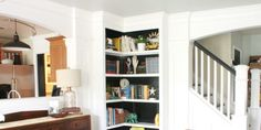 Another great built in bookshelf with full instructions.  This would be perfect in my bedroom!  #shelf #books
