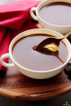 This thick and decadent hot chocolate is ultra rich and creamy, its like drinking chocolate soup. Easy Drink Recipes, Yummy Drinks, Thm Recipes, Cherry Punch Recipe, Köstliche Desserts, Delicious Desserts, Yummy Treats, Sweet Treats, Kitchens