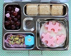 PlanetBox school lunch - freeze flavored yogurt in silicone tray, pop out, and put into plain yogurt. Great way to cut out some of the sugar and keep the yogurt really cold. Lunch Box Recipes, Lunch Ideas, Bento Ideas, Kid Recipes, Food Ideas, Healthy Lunches For Kids, Kids Meals, Planet Box, Mini Sandwiches