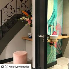 wasbak, kraan en plankje is handig Pretty Cool, Oasis, Toilet, Wallpaper, Projects, Instagram, Style, Log Projects, Swag