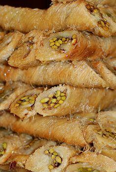 Low Carb Recipes, New Recipes, Cooking Recipes, Vegan Baklava, Turkish Baklava, Eastern Cuisine, Incredible Recipes, Just Cooking, Turkish Recipes