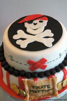 Image from http://www.cakesnbakesdubai.com/wp-content/uploads/2014/02/pirate-cake-3.jpg.
