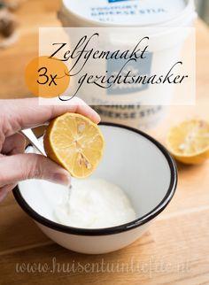 Voor een lekker gezichtsmasker hoef je het huis niet uit. De meeste ingrediënten om er zelf één te maken heb je waarschijnlijk in huis!