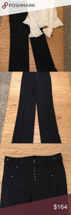 "Gorgeous Black Dress Pants Per Se 0 Beautiful pants cuffed hem  97% wool 3 % elastin  I've never seen these buttons ?  Carlislie Per Se black dress pants size 0  Inseam 31"" Per Se Pants"