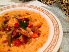 Thai Red Curry, Ethnic Recipes, Kitchen, Food, Hungarian Recipes, Cucina, Cooking, Essen, Kitchens