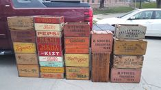 Old vintage soda pop and wooden advertising crates Pepsi, Crete, Beverages, Advertising, Antiques, Vintage, Drinks, Antiquities, Antique