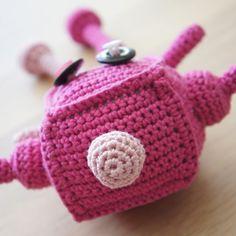 Crochet robot.