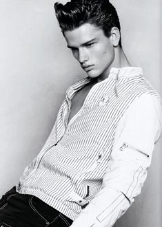 Simon Nessman model images | Miss Eva